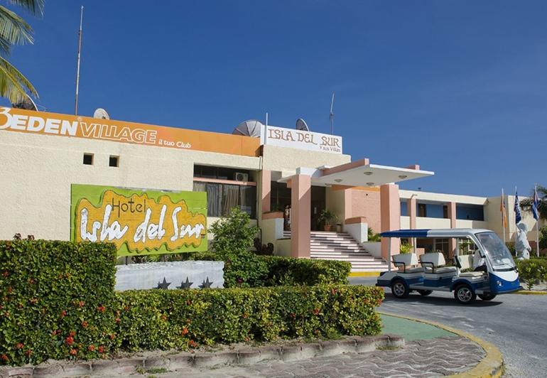 HOTEL ISLA DEL SUR 0
